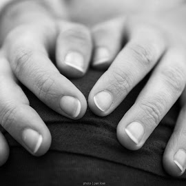 Ieva .:.. . by Ioan Pan - People Body Parts ( body parts, black and white, hands, woman, beautiful, beauty )