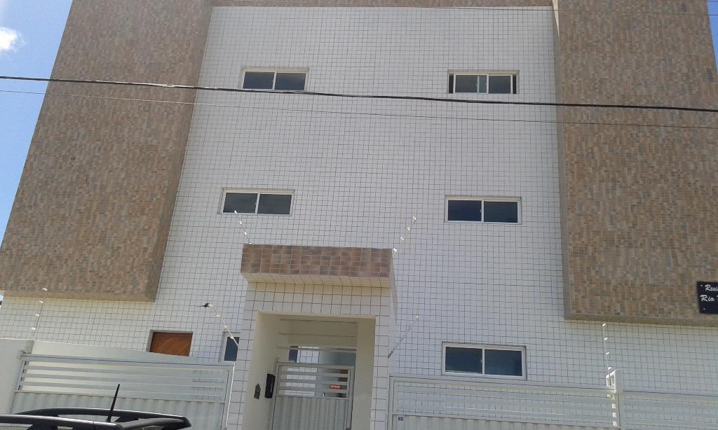 Apartamento residencial à venda, Paratibe, João Pessoa.