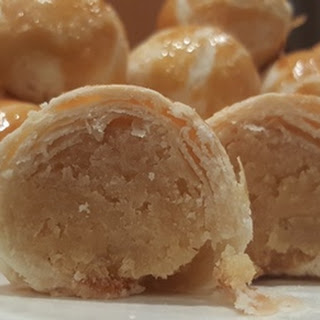 Bean-filled Chinese Biscuits (Tau Sar Piah)