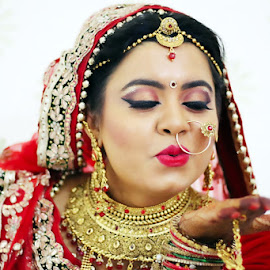 Indian Bride by Shalabh Saxena - Wedding Bride ( bride, jewelry, makeup, beauty, red dress, wedding )