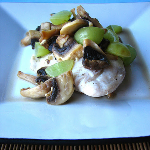 Vermouth-poached Tilapia with Mushrooms and White Grapes