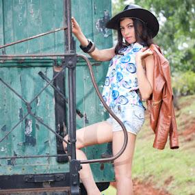 by Fajar  Kurniawan - People Fashion
