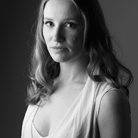 Courtney by Cameron  Cleland - Black & White Portraits & People ( model, actress, beauty )