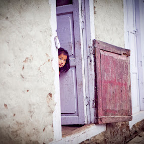 by Simon Charlton - People Street & Candids ( children, travel, kids, nepal )