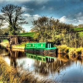 Houseboat by Steve Rowe - Digital Art Things