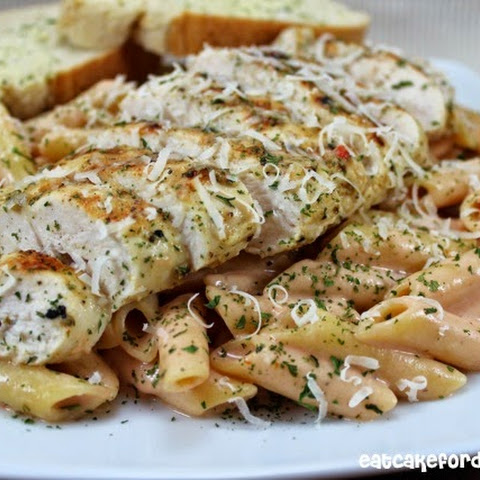 Tomato Alfredo Pasta with Grilled Chicken