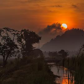 Beautiful Morning by B.Thinesh Kumar - Landscapes Sunsets & Sunrises ( sunrises, landscape photography, sunrise, yolk, landscapes, landscape,  )