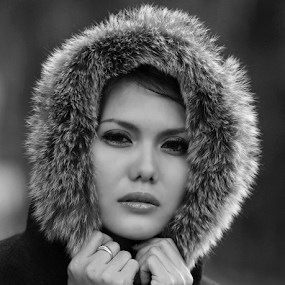 by Hery Ludony - Black & White Portraits & People