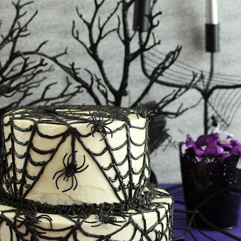 Chocolate+spider+cake Recipes | Yummly