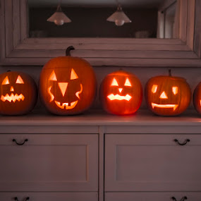 6 in a row by Peter Podolinsky - Public Holidays Halloween ( pwcpumpkins )