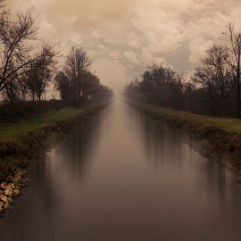 water road by Alberto Martinenghi - Landscapes Prairies, Meadows & Fields ( water, canon, countryside, winter, nature, autumn, cloudy )