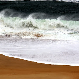 Waves by Gil Reis - Nature Up Close Water ( water, sand, life, nature, ~sea, places, portugal )