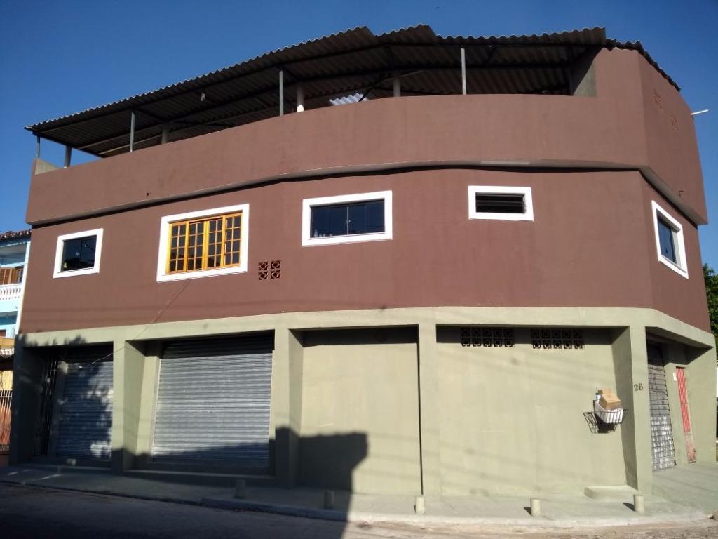 Casa sobrado de 320m² com 3 dorm em Santo André.