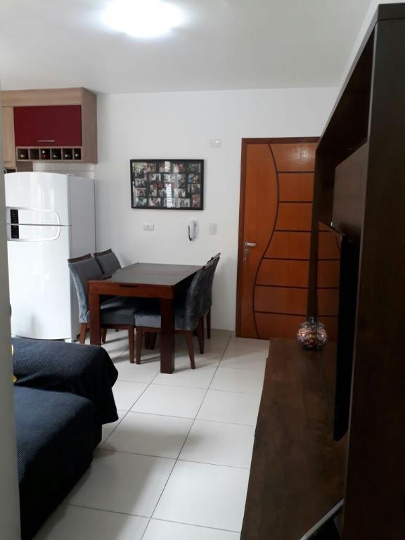 Apartamento, Vila Pires, 2 dormitórios, Santo André.