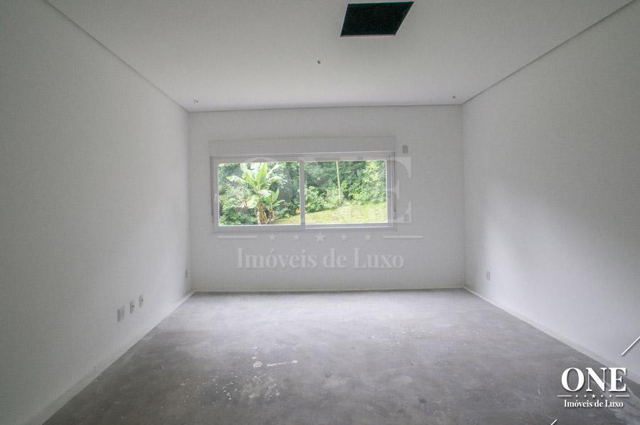 Apartamento de 4 dormitórios à venda em Três Figueiras, Porto Alegre - RS