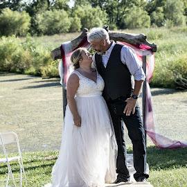 by Jackie Eatinger - Wedding Bride & Groom (  )