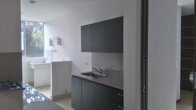 apartamento en venta cumbres 585-2496