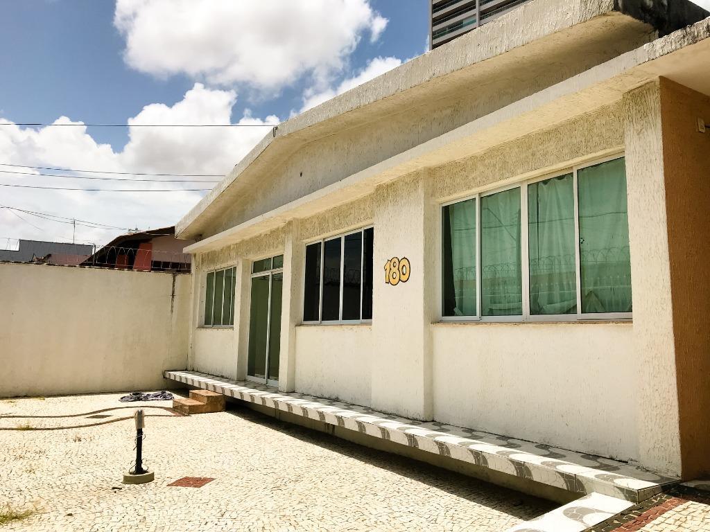 Casa com 4 quartos à venda, 303 m², piscina, quintal, residência ou comercial - Parquelândia - Fortaleza/CE