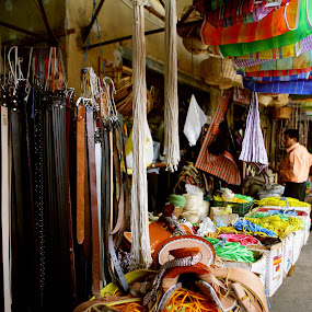Belts and grocery bags by Cristobal Garciaferro Rubio - City,  Street & Park  Markets & Shops ( pwcmarkets )