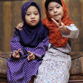 World Peace For Future Generation by Nain Hanafiah - Babies & Children Child Portraits ( muslim, peace, kids, future generation, world )