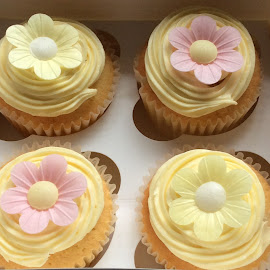 White chocolate cup cakes  by Janet Skoyles - Food & Drink Cooking & Baking