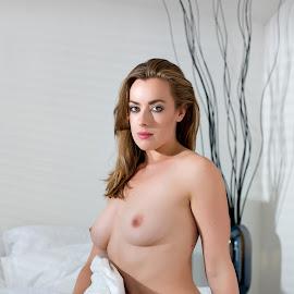 © Rampix Photography by Visit Www.rampix.co.uk - Nudes & Boudoir Artistic Nude ( nude, rampix photography, boudoir, implied, rosa brighid, @rampix_mk, #rampix )