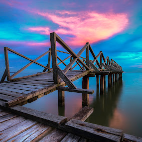 gertak sanggul by P Hin Cheah - Landscapes Sunsets & Sunrises ( lovers bridge, sunset, penang, gertak sanggul, bridge )