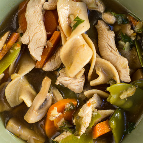 Asian Carrot and Mushroom Noodle Soup Gluten free option | Serves 4