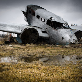 by Erik Lykins - Transportation Airplanes ( illinois, aircraft, model 18, ag crash, il, beechcraft, fuselage )