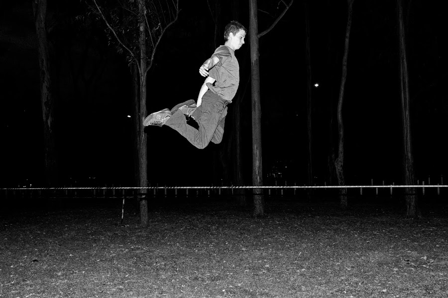 slackin' at la sabana by Andro Zeledón - Sports & Fitness Other Sports ( la sabana, san jose, slackline, costa rica, slacker )