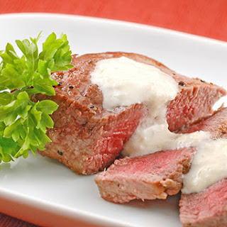 Pan-Seared Filet With Gorgonzola-Horseradish Sauce