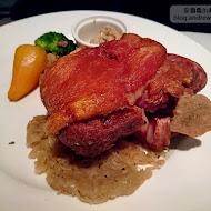 TOROS鮮切牛排美食餐廳(板橋店)