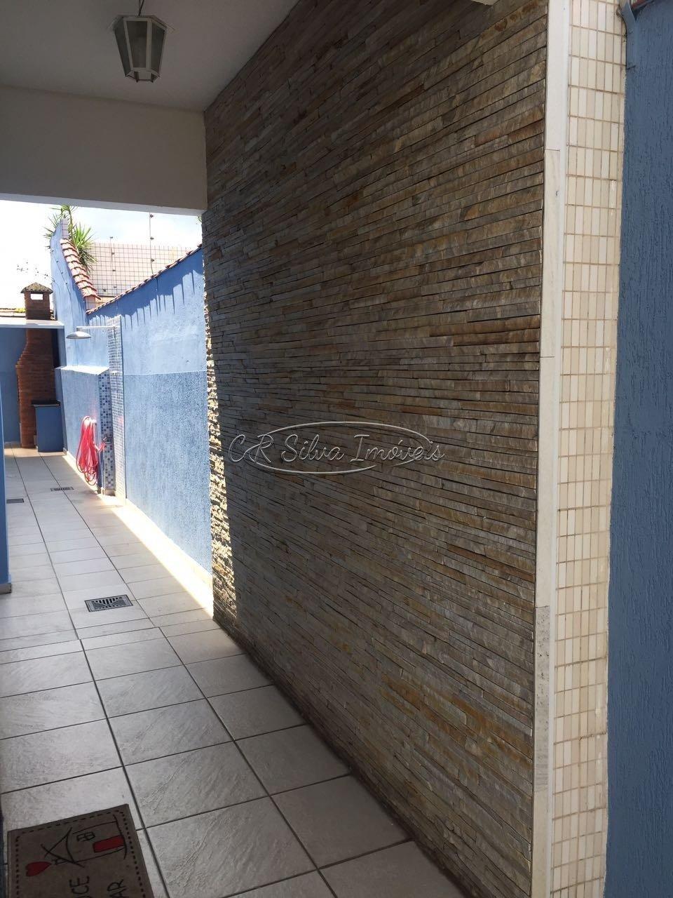 Sobrado com 3 dormitórios à venda, 129 m² por R$ 600.000,00 - Santa Maria - Santos/SP