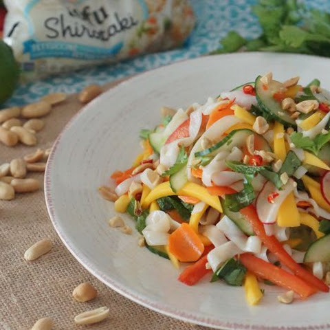 [RECIPE] Low Calorie & Low Carb Asian Cold Noodle Salad with Mango & Pickled Vegetables