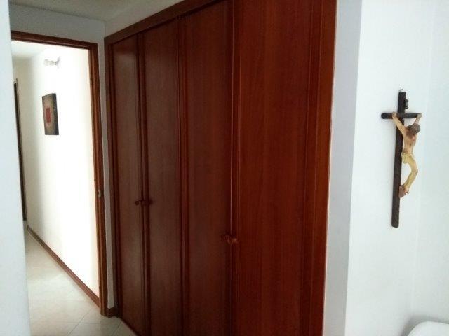 apartamento en arriendo loma del barro 594-22038