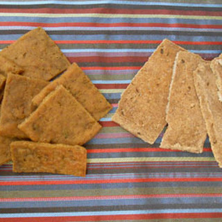 Rosemary Garlic Plantain Crackers