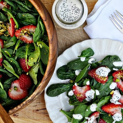 Spinach & Strawberry Salad with Poppy Seed Dressing