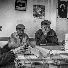 Cafe house by Murat Besbudak - People Street & Candids