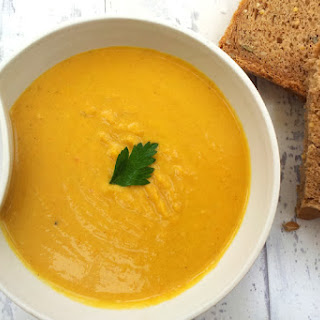 Red Lentil and Carrot Coconut Soup [vegan]