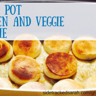 Crock Pot Chicken and Veggie Pot Pie