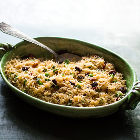 Armenian Rice Pilaf With Raisins and Almonds