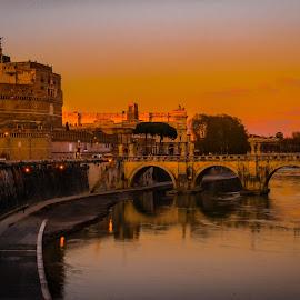Castelo st. Angelo..!! by Kshitij  Saxena - Buildings & Architecture Public & Historical ( ponte de castelo st angelo, angelo, rome, sunset, roman sunrise, castle, sunrise, tiber )