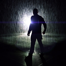 Underdog by Wes Calimer - Abstract Water Drops & Splashes ( #rainroom #underdog )
