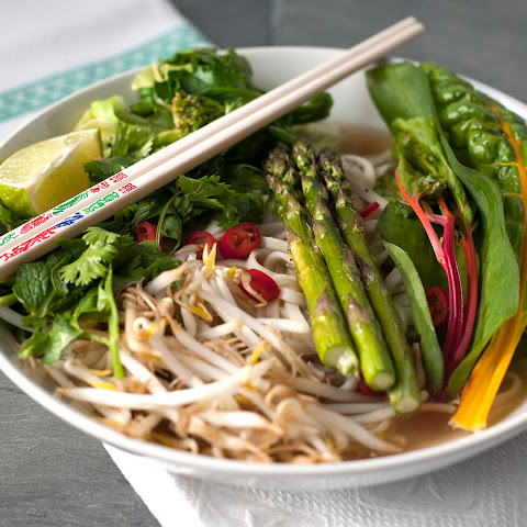 Pho With Grilled Asparagus [Vegan]
