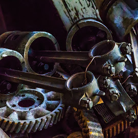 Pistons and Rods by Dave Lipchen - Artistic Objects Industrial Objects ( pistons and rods )