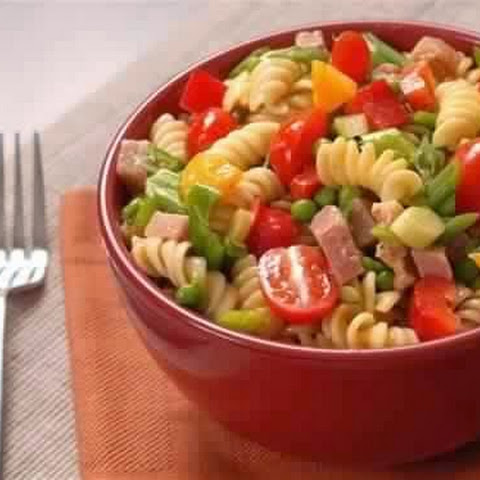 Salad With Chicken, Bean And Cheese