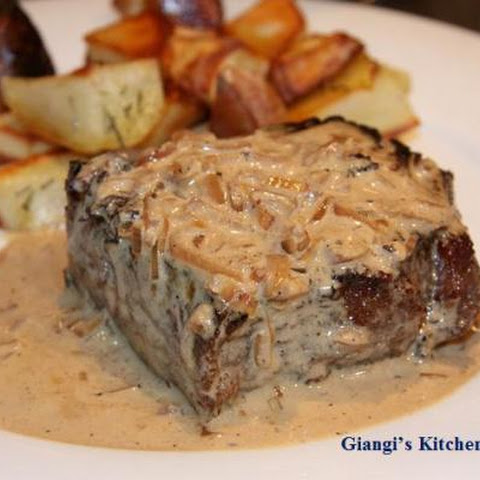 Pan Seared New York Steak with Whiskey Cream Sauce
