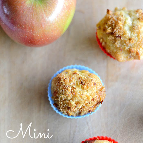Apple Mini Muffins with Nut Crumble Topping