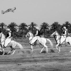by Mohsin Raza - Black & White Street & Candid (  )