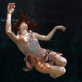 Fashion Underwater by Hartono Hosea - People Fashion ( water, under water, underwater, commercial )